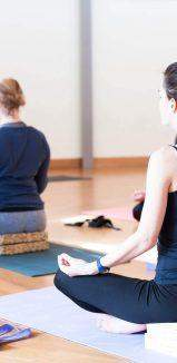 Fitness, yoga o pilates? Nasce l'allenamento in banca con il bank trainer
